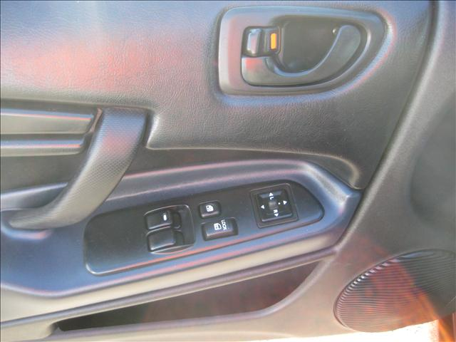 Image 8 of 2003 Mitsubishi Eclipse…