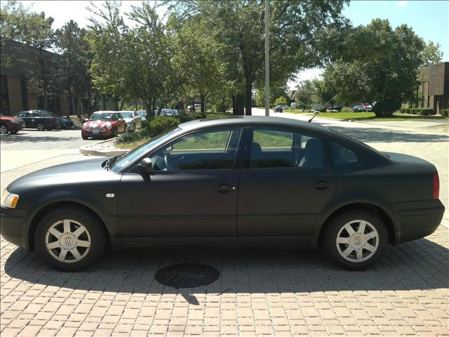 Used 1999 Volkswagen Passat For Sale - 750 Birginal Drive Bensenville, IL 60106   Used Cars For Sale