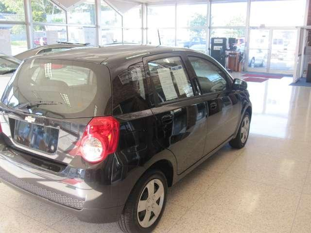 Image 8 of 2010 Chevrolet Aveo5…