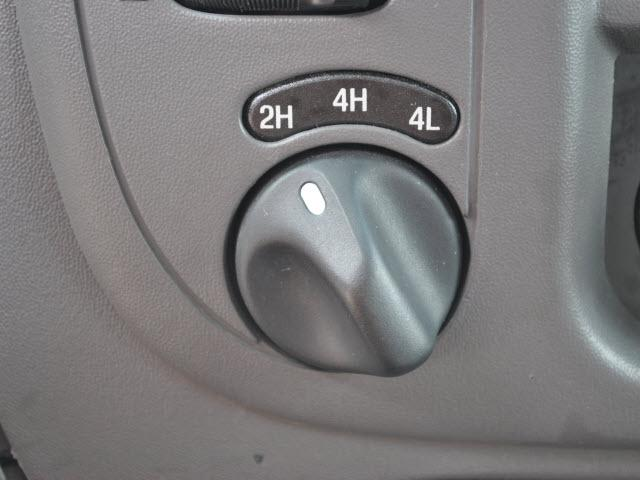 Image 11 of 2001 Ford F150 8-Cylinder…
