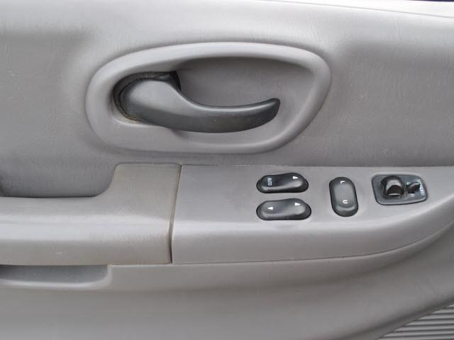 Image 11 of 2001 Ford F150 6-Cylinder…