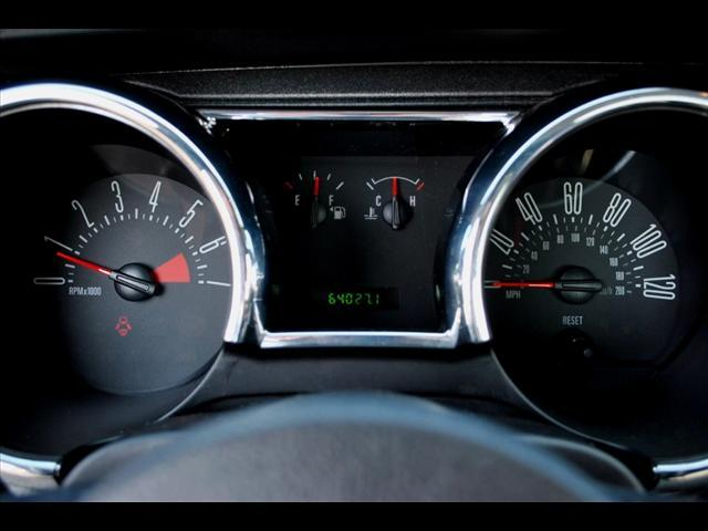 Image 2 of 2006 Ford Mustang 2dr…