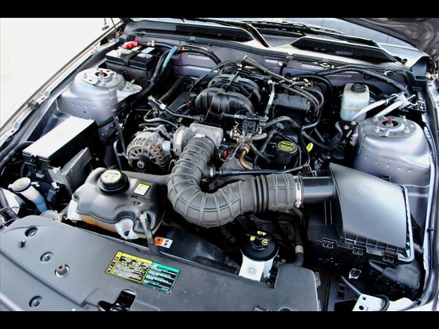 Image 13 of 2006 Ford Mustang 2dr…