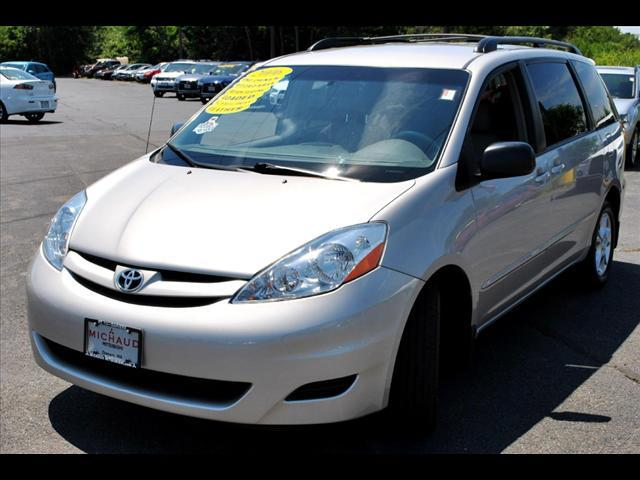 Image 12 of 2006 Toyota Sienna LE…