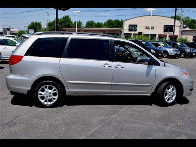 Image 32 of 2006 Toyota Sienna LE…