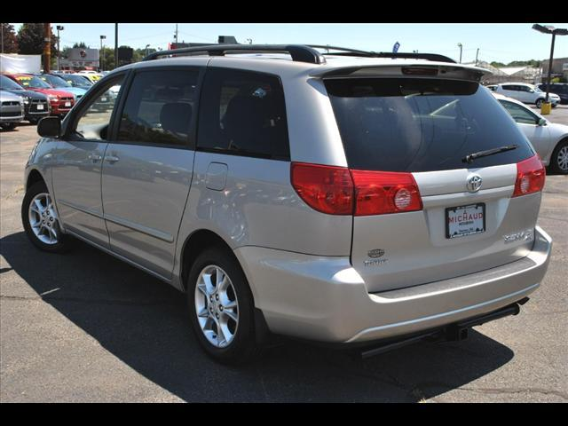Image 35 of 2006 Toyota Sienna LE…