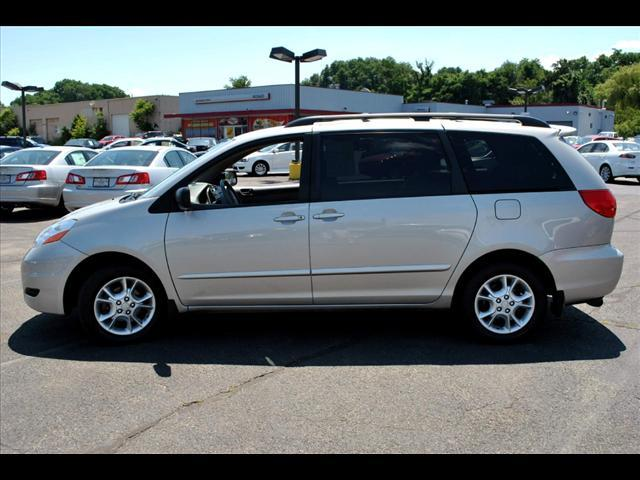 Image 36 of 2006 Toyota Sienna LE…