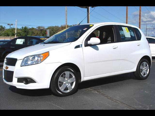 Image 1 of 2011 Chevrolet Aveo5…