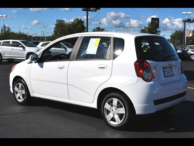 Image 10 of 2011 Chevrolet Aveo5…