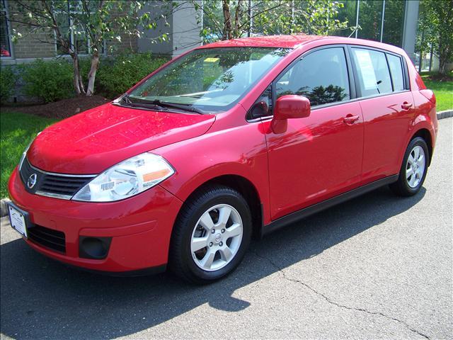 Image 1 of 2009 Nissan Versa SL…