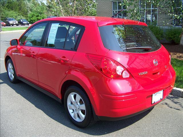 Image 2 of 2009 Nissan Versa SL…