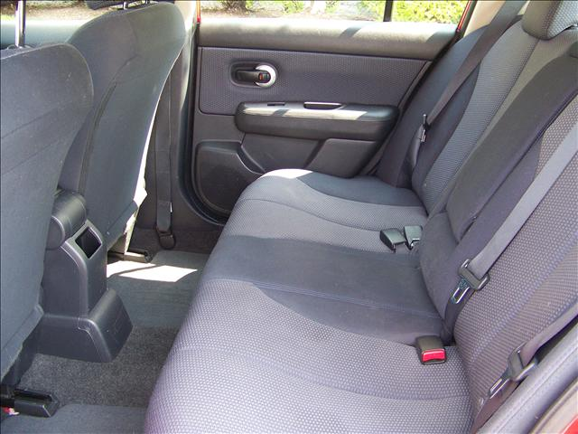 Image 6 of 2009 Nissan Versa SL…