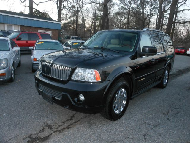 2004 Lincoln Navigator