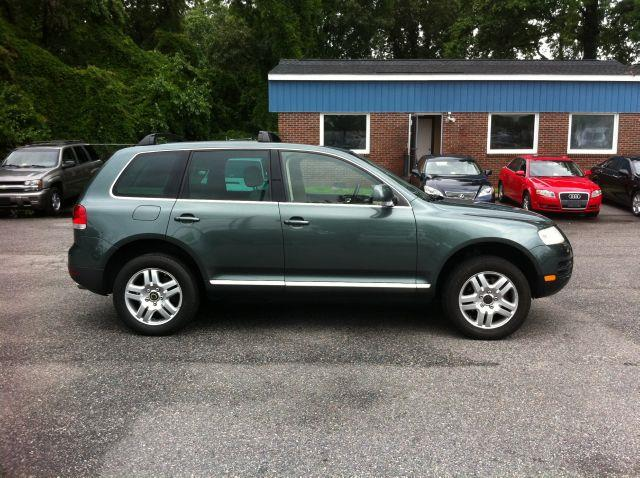 2004 Volkswagen Touareg V8 - Virginia Beach VA