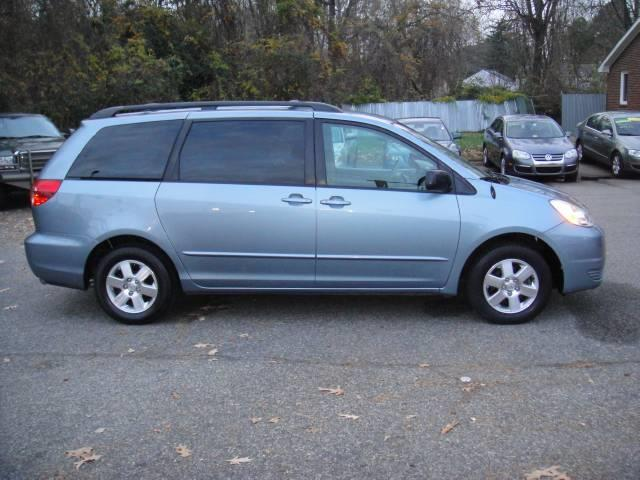 2005 Toyota Sienna LE - Virginia Beach VA