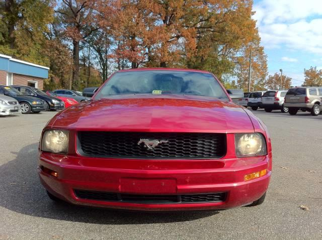 2005 Ford Mustang Base - Virginia Beach VA