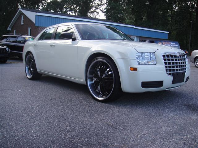 2007 Chrysler 300 Base - Virginia Beach VA