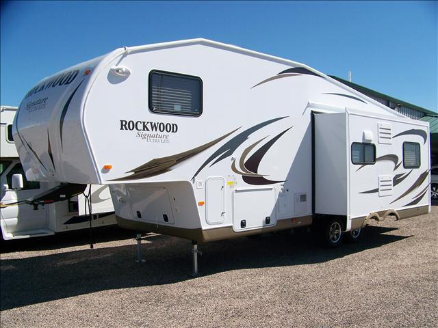 2013 ROCKWOOD 8289WS