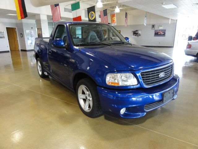 2003 Sonic Blue Ford Lightning 101k